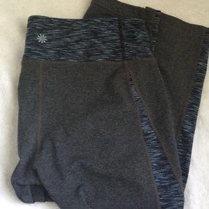 Athleta Chaturanga Capri Grey Blue L Crop Legging